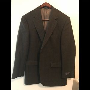 New Roundtree and York  sports jacket